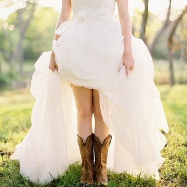 Country Wedding Dress e1586020746337