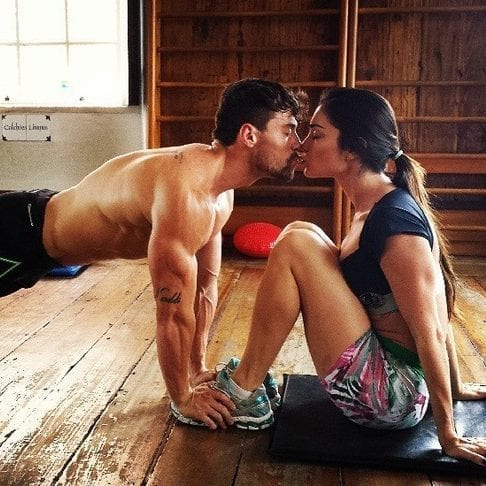 Couple Working Out e1586020145384