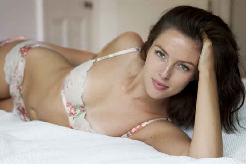 10 Biggest Sexual Turn-ons for Women