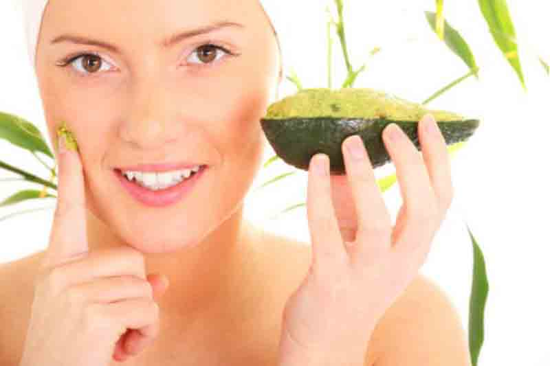 10 Natural Home Remedies for Treating Dry Sensitive Skin