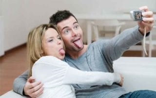 8 Relationship Tricks Happy Couples Use