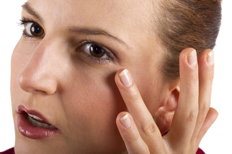 How to Eliminate Puffy Eyes Instantly